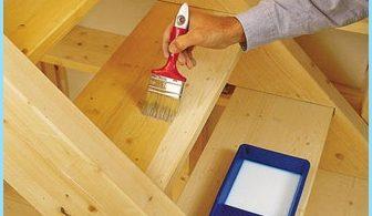 Come dipingere una scala di legno