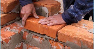Come miscelare la soluzione per mattoni muratura
