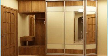 armadio design nel corridoio