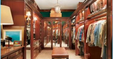 Varianti del design degli interni e un grande spogliatoio