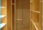 Come attrezzare uno spogliatoio in appartamento